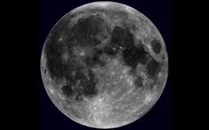 moon18n-3-web