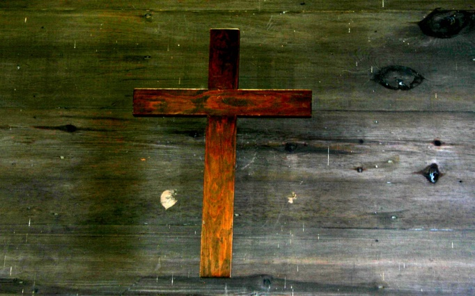 wooden_cross-1920x1200